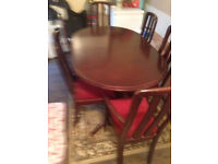 MAHOGANY TABLE WITH 6 CHAIRS (2 ARE CARVERS CHAIRS)