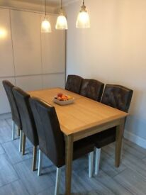 Dining Table, extendable, solid wood, good quality