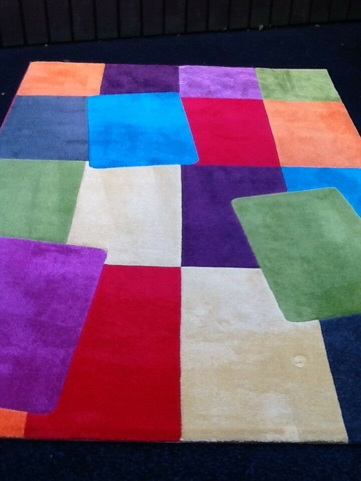 FUNKY & BRIGHT RUG (ideal for playroom/kids bedroom) *excellent condition*