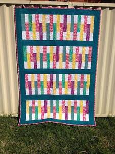 Bright and Cheery Handmade Quilt Seven Hills Blacktown Area Preview