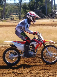 Selling 2014 CRF125FB Howrah Clarence Area Preview