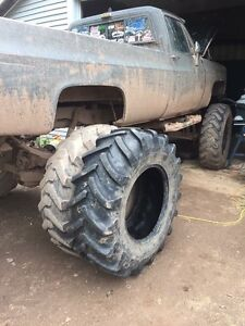 Looking for 2 14.9-24 tractor tires