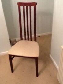 4 mahogany dinning room chairs