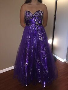Purple Gown size 0-4