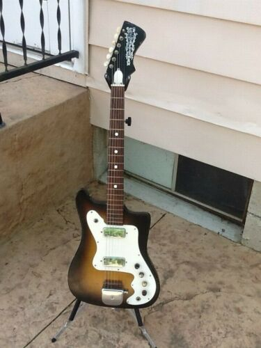 Vintage Kay Old Kraftsman Vanguard Electric Guitar With Kaces Polyfoam Case
