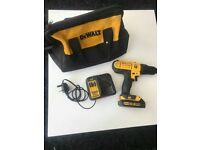Dewalt 18v DCD776 drill with charger and 18v 1.5ah battery