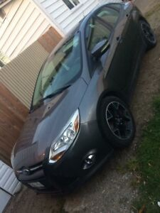2012 Ford Focus SE with winter tires and rims
