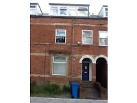 2 One bedroom flats close to Sheffield University available now