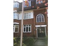 *2 Bedroom flat Available in Woodford E18 2RD £1500 (only 1 month deposit)