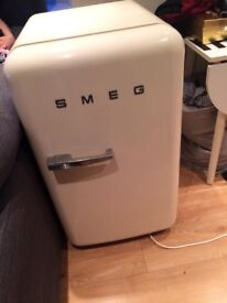 Smeg retro beige small undercounter fridge freezer