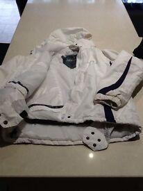 Dare 2b girls white/purple trim ski snowboard jacket size 140 age 9/10
