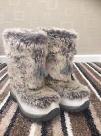 girls winter boots..