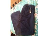 BNWT Womans size 14 Regatta navy blue trousers