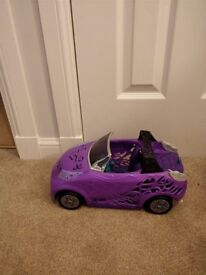 Monster high Scaris car as seen in pic collect or deliver in stonehaven