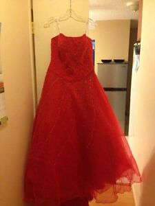 Gorgeous red dress for sale!