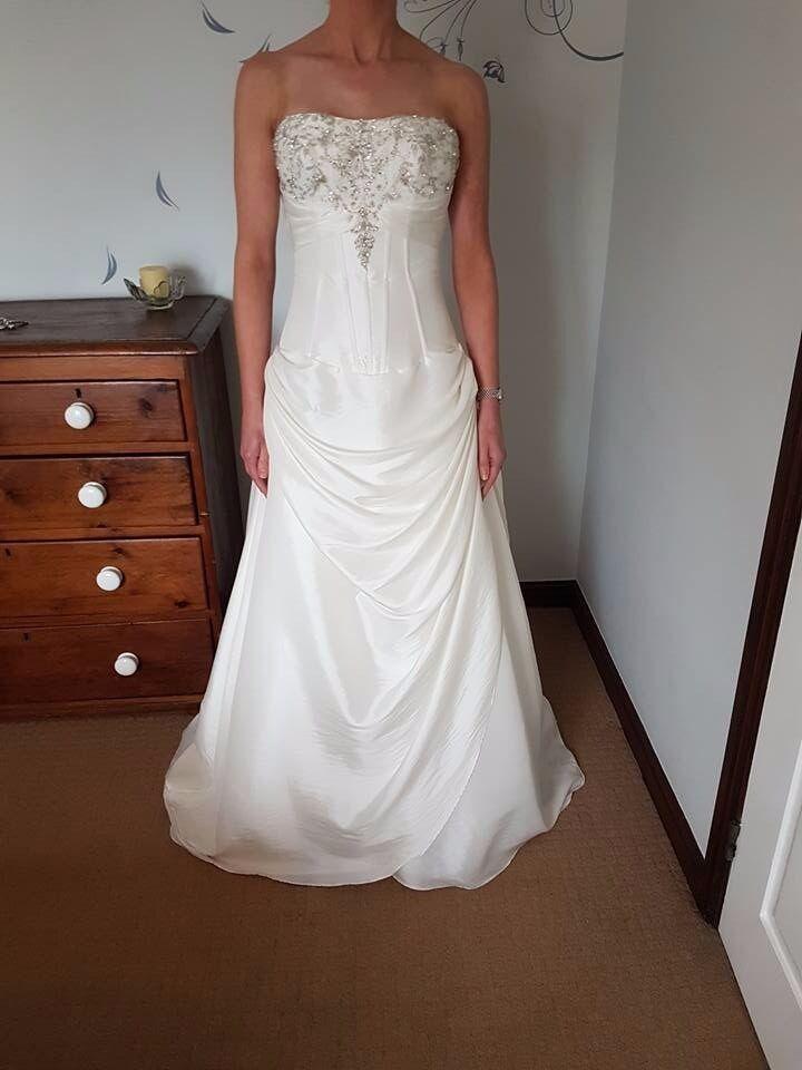 Wedding Dress - Size 6/8