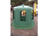 Horse ring feeder haylage bell big bale