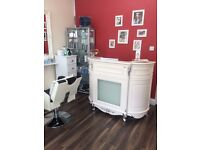 Hairdresser wanted full/part time - Whyteleafe