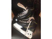 Men's ccm 1052 ICE hockey boots UK 9 /US 10 RRP £60