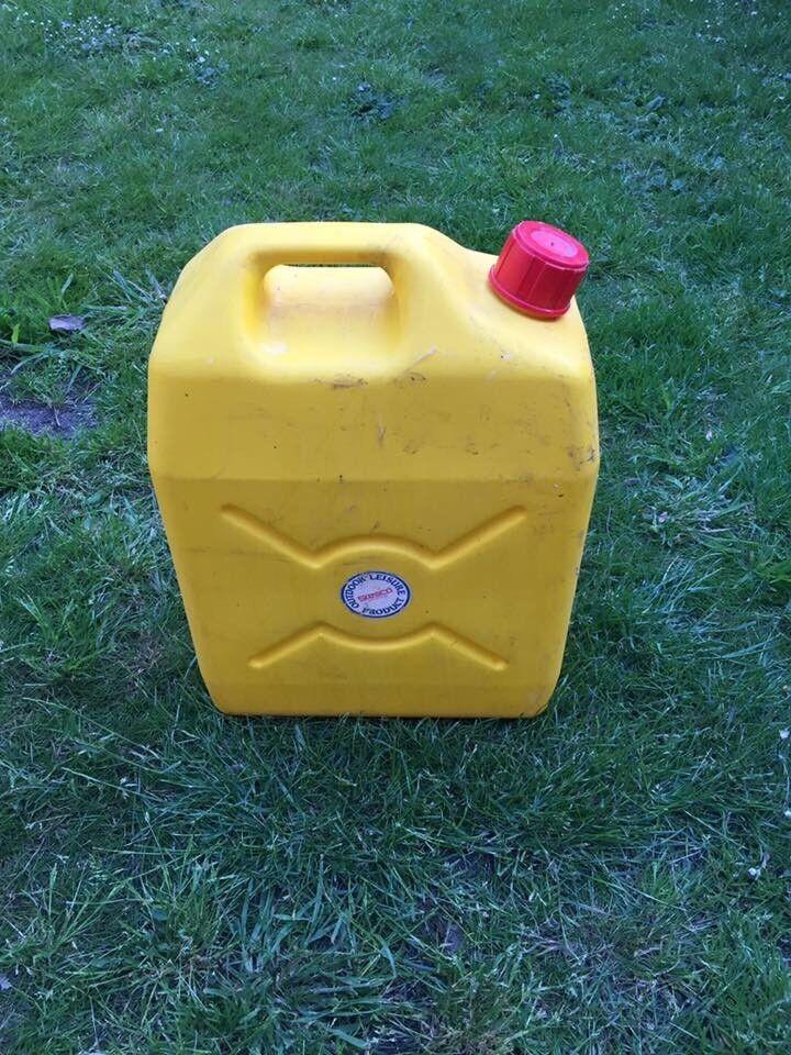 Caravan/ camper water container