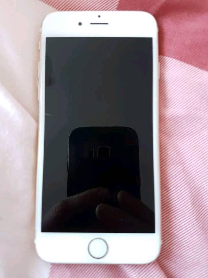 iPhone 6s. O2.16GB. Gold