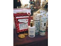 Christmas gift ideas. Presents. Shampoo. Conditioner. Perfume.