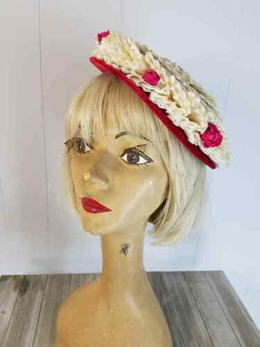 Vtg 40s 50 Evelyn Varon Cello Straw Tilt Topper Hat Red Velvet Brim Rosebuds 22