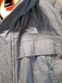 Genuine northface coat (boys)14/16 yrs