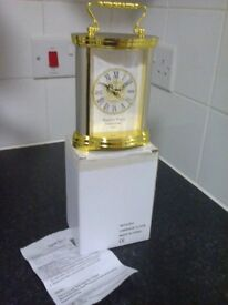 English finery collection plastic table clock with handle takes 1 AA battery (not included )
