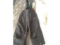 D2B Padded ski trousers, age 3-4 yrs, immaculate