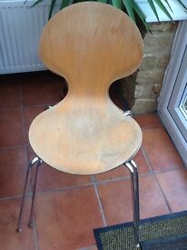 2 bent wood stacking chairs £5 each