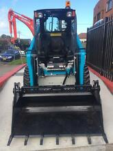 2.6 TONNE TOYOTA SKID STEER LOADER DRY HIRE 4IN1 BUCKET & TRAILER Belmore Canterbury Area Preview