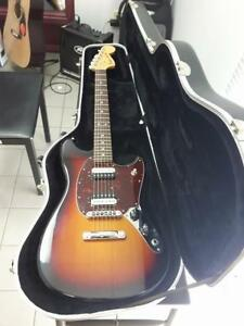 American Special Mustang 2013 MInt condition avec hardcase Fender