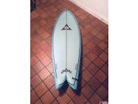 """O'Shea 5'9 x 21"""" x 2.5/8"""" Fish surfboard"""