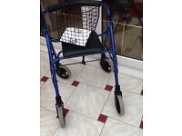 DELUXE MOBILITY FOUR WHEEL ROLLATOR
