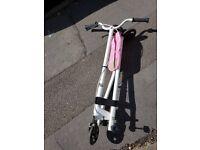 Y-flick scooters