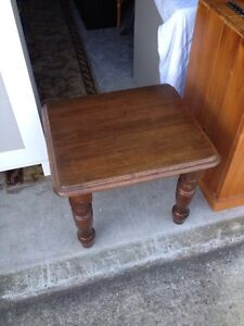 COFFEE tables x THREE,  one pair $19 other $35 ! Carina Heights Brisbane South East Preview