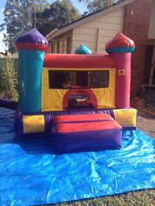 Mini jumping castle with ball Pitt combo for hire Blacktown Blacktown Area Preview