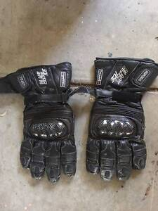 motorbike gloves Yarrambat Nillumbik Area Preview