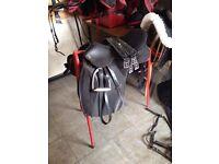 """Thorowgood 17.5"""" medium T4 GP Horse Saddle"""
