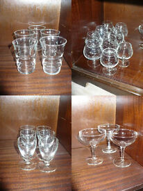 House clearance! 75 pieces of glass, mugs, bidons, fruit & mug holder. Students/party/flats for rent