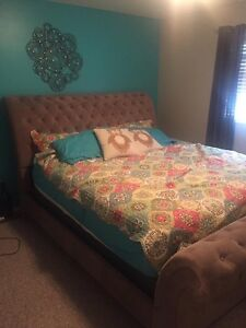King Size Sleigh Bed Frame & Box Spring