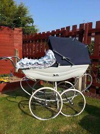 balmoral coachbuilt pram in great condition