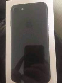Iphone 7 32gb black new and sealed