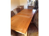 Barker and Stonehouse Oak dining tabe plus six chairs, 1800x1000