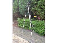Digital Camera Tripod Stit2 Hi-Low Angle