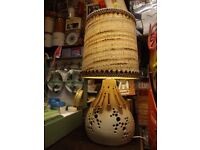 Vintage retro ceramic table or side lamp, in full working order.