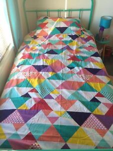 Single bed quilt cover & cushion set Oakey Toowoomba Surrounds Preview
