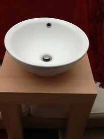 Hand basin and stand