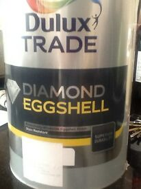 Dulux, Diamond Eggshell Paint Natural Calico 5 litre Tin unopened in excellent condition.